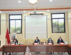 الدار البيضاء اليوم  - الوزيرة بنعلي تباشر عملها بالوحدة العائمة لتخزين وتحويل الغاز المسال