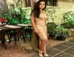 الدار البيضاء اليوم  - رانيا يوسف تخطف الأنظار بفستان أنيق في افتتاح مهرجان الجونة
